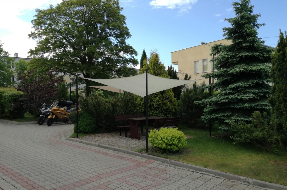 http://www.wandahotel.com/wp-content/uploads/2017/06/ogrodek_parking.jpg
